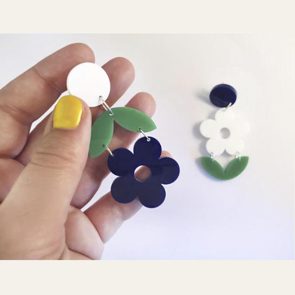 Pendientes Asimétricos Flores