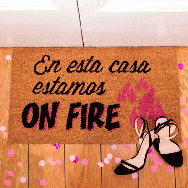 Felpudo On Fire